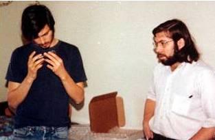 17歲破解iPhone,20歲搞瘋SONY,掀起全球黑客大戰後退隱江湖,現在他要幹翻Tesla特斯拉!